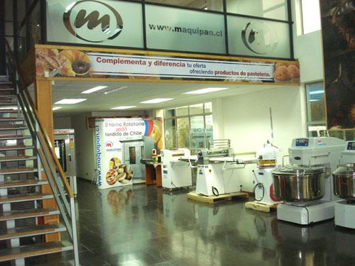 m_showroom.jpg